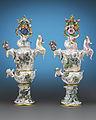 Meissen-porcelain-urns.jpg