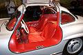 Mercedes-Benz 300SL 1955 Flügeltüren Gullwing Coupè Cockpit Rear MBMuse 9June2013 (14960628766).jpg