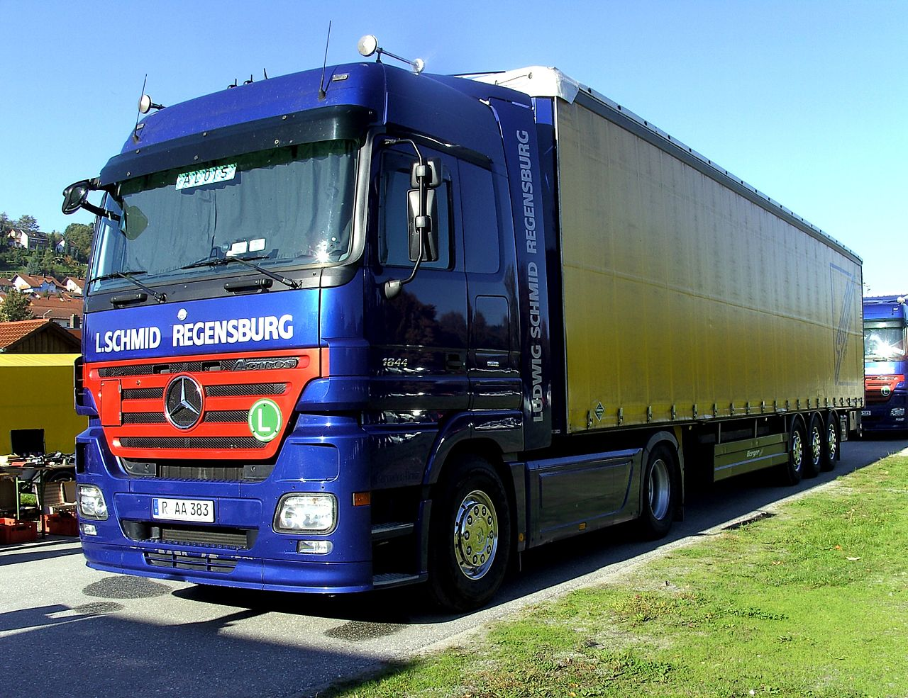 file mercedes benz actros lkw jpg wikimedia commons. Black Bedroom Furniture Sets. Home Design Ideas