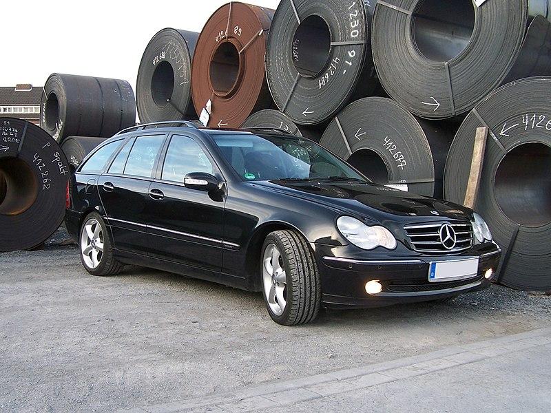 File:Mercedes Benz C180 T - S203.jpg