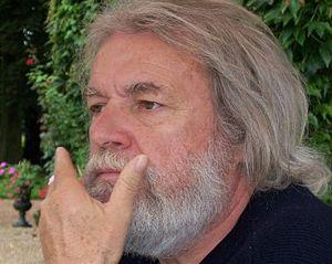 Français : L'écrivain français Michel-Georges ...