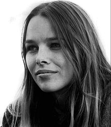 Michelle Phillips 1967.JPG