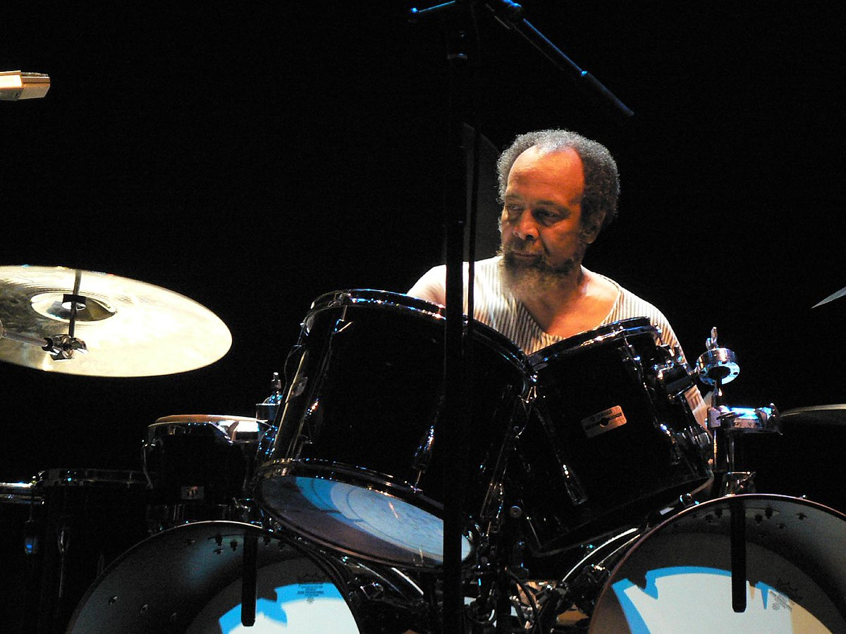 Milford Graves - Wikipedia