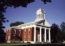 Mitchell County Courthouse, Osage.jpg