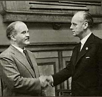 Molotov–Ribbentrop Pact - Molotov (left) and Ribbentrop (right) at the signing of the Pact.