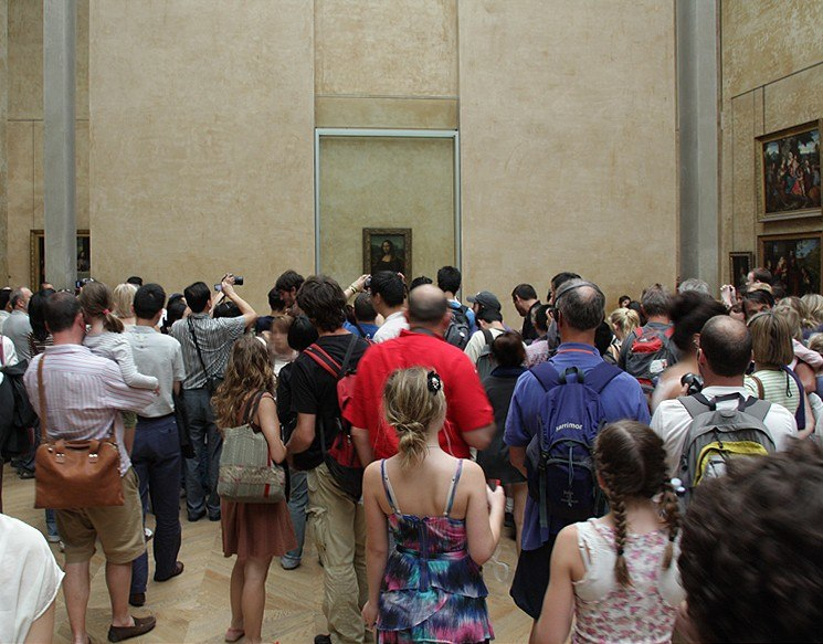 Mona-lisa in the Louvre