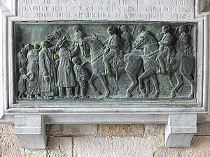 5th Royal Irish Lancers - Sculpture at the town hall of Mons to commemorate the liberation of the city by the 5th Royal Irish Lancers on 11 November 1918.