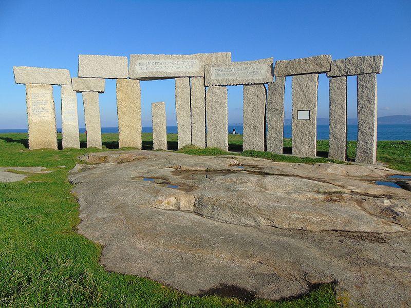 File:Monumento aos fusilados da República.001 - A Coruña.JPG