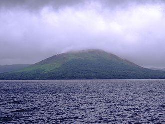 Gaua - Image: Mount Gharat and Lake Letas