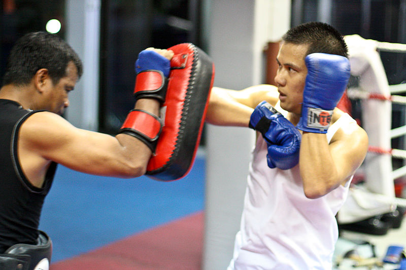 File:Muay.Thai.Training 2.jpg