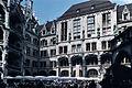 Munich-Neues Rathaus-Cour intérieure-20000811.jpg