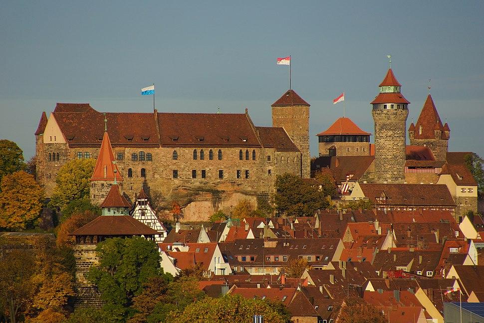 Nürnberger Burg im Herbst von SüdWest 05