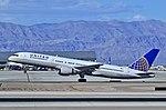 N530UA United Airlines Boeing 757-222 (cn 25043-353) (12843306585).jpg