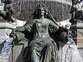 Nantes - fontaine de la Place Royale - Loire 1.jpg