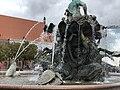 Neptunbrunnen 052.jpg