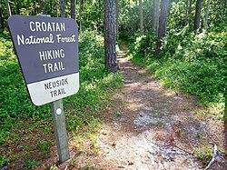 Neusiok trail sign.jpg