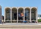 New York Metropolitan Opera House 1140788.jpg