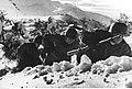 Niemieccy spadochroniarze w górach na froncie włoskim (2-2244).jpg