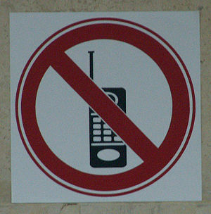 No cellphone sign at Bet-Ariela library
