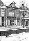 foto van Blokvormig woonhuis in Overgangsstijl met Art Nouveau-elementen