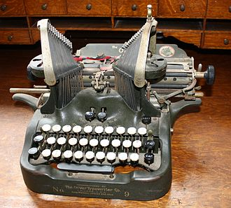 Oliver Typewriter Company - An Oliver model No.9