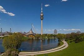 Olympiaturm, Múnich, Alemania 2012-04-28, DD 17.JPG