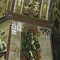 Oranjezaal tijdens de restauratie- schoongemaakt proefvlak, pilasterkapiteel zuidoosthoek - 's-Gravenhage - 20418390 - RCE.jpg