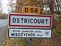 Ostricourt-FR-59-panneau d'agglomération-02.jpg