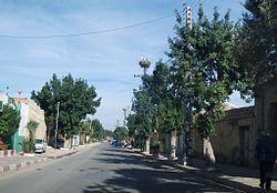 Oued Essalem la rue principale.jpg