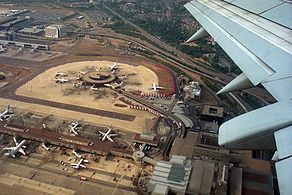 Overview of London Gatwick Airport (EGKK; LGW) - JP6327343.jpg