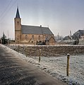 Overzicht van de zuidgevel met kerktoren - Tienhoven - 20384612 - RCE.jpg