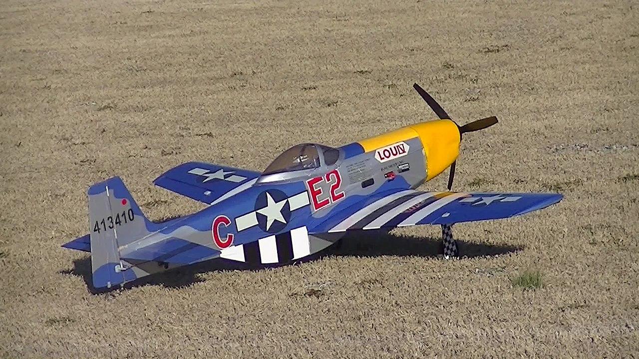 File:P-51 Large Scale Electric RC Airplane.jpg - Wikimedia ...