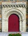P1290024 Savennières eglise St-Pierre-St-Romain portail rwk2.jpg