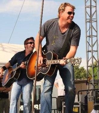 Pat Green - Pat Green performing in June 2008