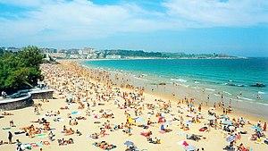 El Sardinero beach, in Santander (Cantabria, S...