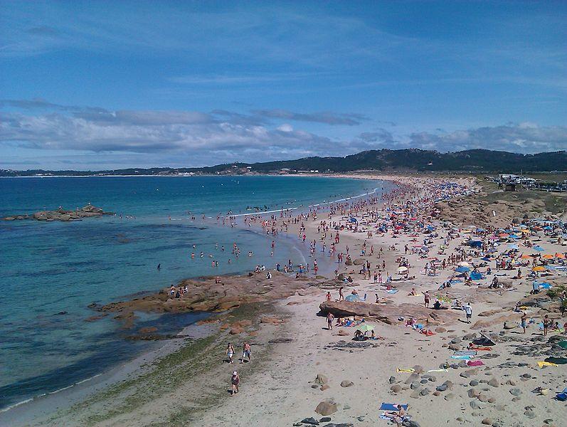 https://upload.wikimedia.org/wikipedia/commons/thumb/c/c9/Playa_de_A_Lanzada.jpg/797px-Playa_de_A_Lanzada.jpg