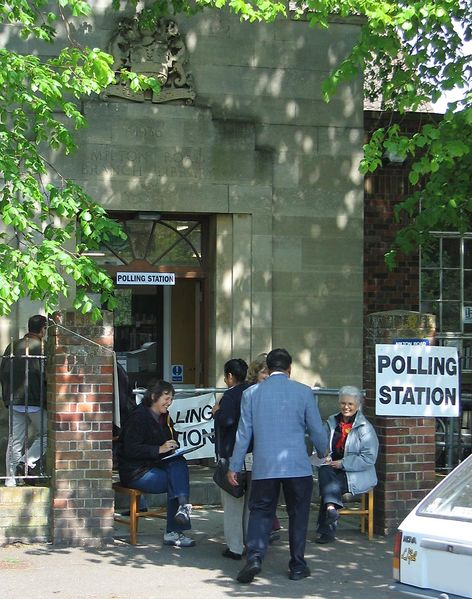 File:PollingStation UK 2005.jpg
