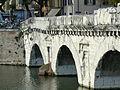 Ponte di Tiberio Rimini 3.jpg