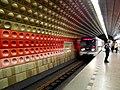 Praha - Metro - Staroměstská (7503784584).jpg