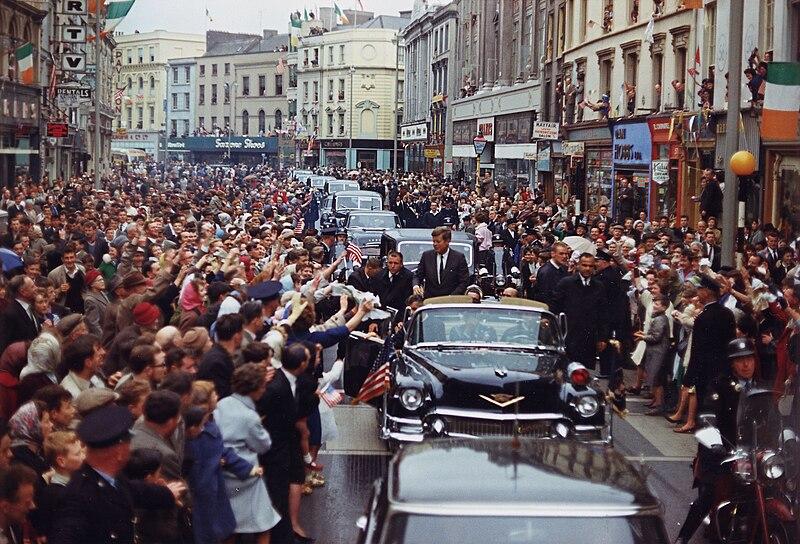 President%27s Trip to Europe- Motorcade in Dublin. President Kennedy, motorcade, spectators. Dublin, Ireland - NARA - 194227.jpg