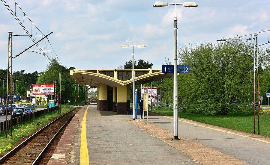 Michalin railway station
