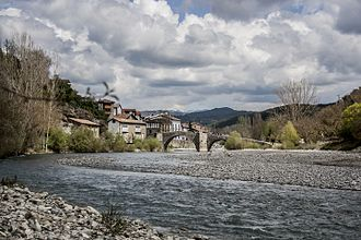 Burgui-Burgi - Bridge over the Esca river.