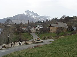 A partial view of the village of Puy-Sanières