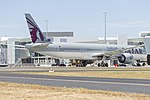 Qatar Airways (A7-BAQ) Boeing 777-3DZ(ER) at Canberra Airport.jpg