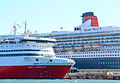 Queen Mary 2 in Port Melbourne (12585173683).jpg