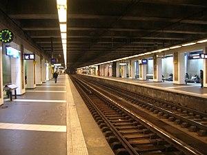 Porte de Clichy (Paris Métro & RER) - WikiVisually