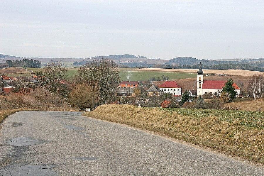 Radošovice (Benešov District)