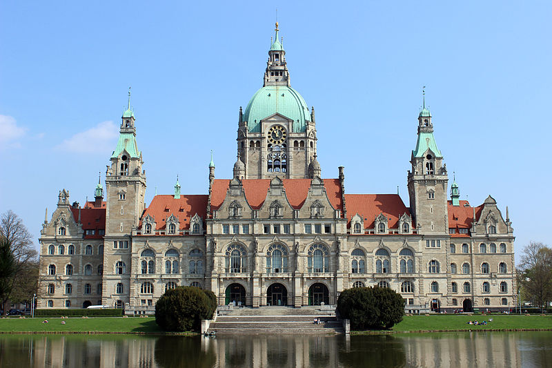 File:Rathaus Hannover 2013.JPG