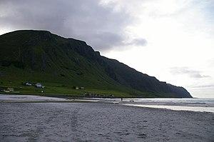 Vågsøy (island) - Image: Refvikstranda