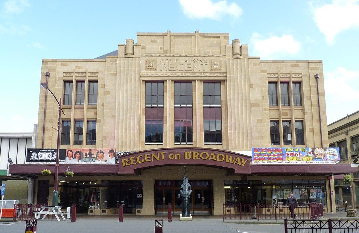 Regent on Broadway - Wikipedia